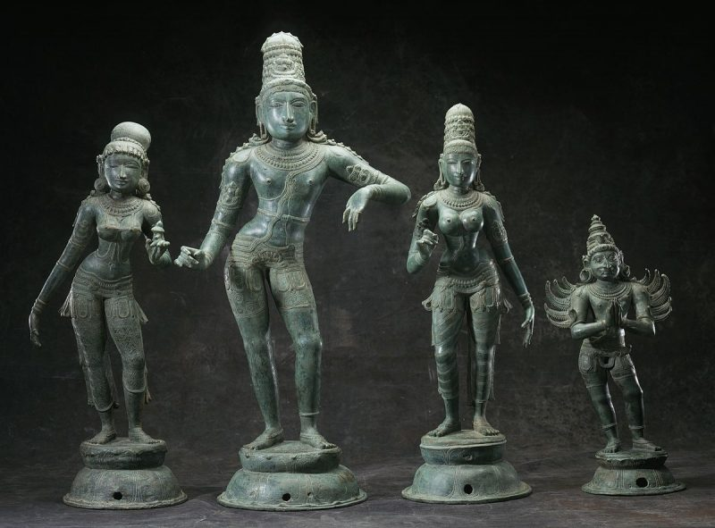 Image of Rukmini, Krishna, Satyabhama and Garuda