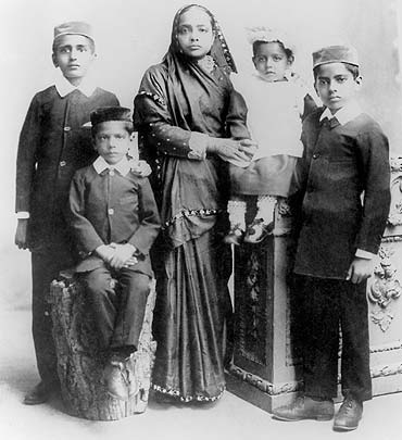 Image of Kasturba Gandhi and her four sons