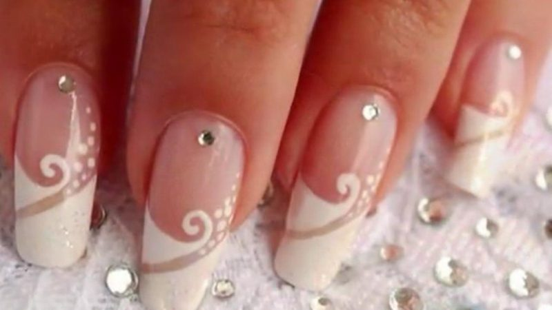 17 cool nail art designs for the indian bride nail art designs prinsesfo Images