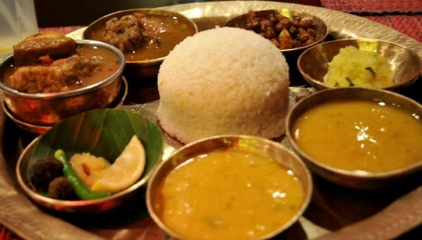 15 amazing thali meals from every corner of india for Assamese cuisine fish